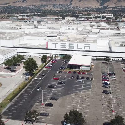 Worker: Tesla Stopped Me From Organizing a Union