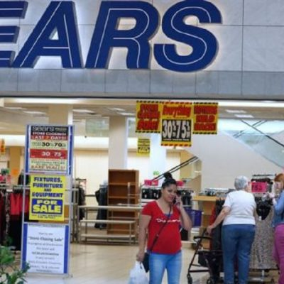 Sears, Which Laid Off Workers While Execs Got $25 Million Bonuses, Won't Close Thanksgiving Day