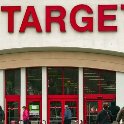 Target Reverses Course: Will Give Employees Thanksgiving Day Off