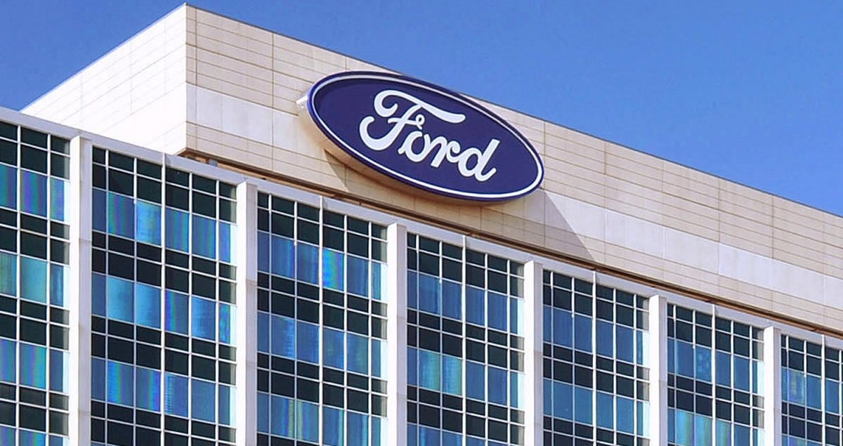 Ford Is Picked For Strike By Canadian Autoworkers If Big Three Negotiations Fail
