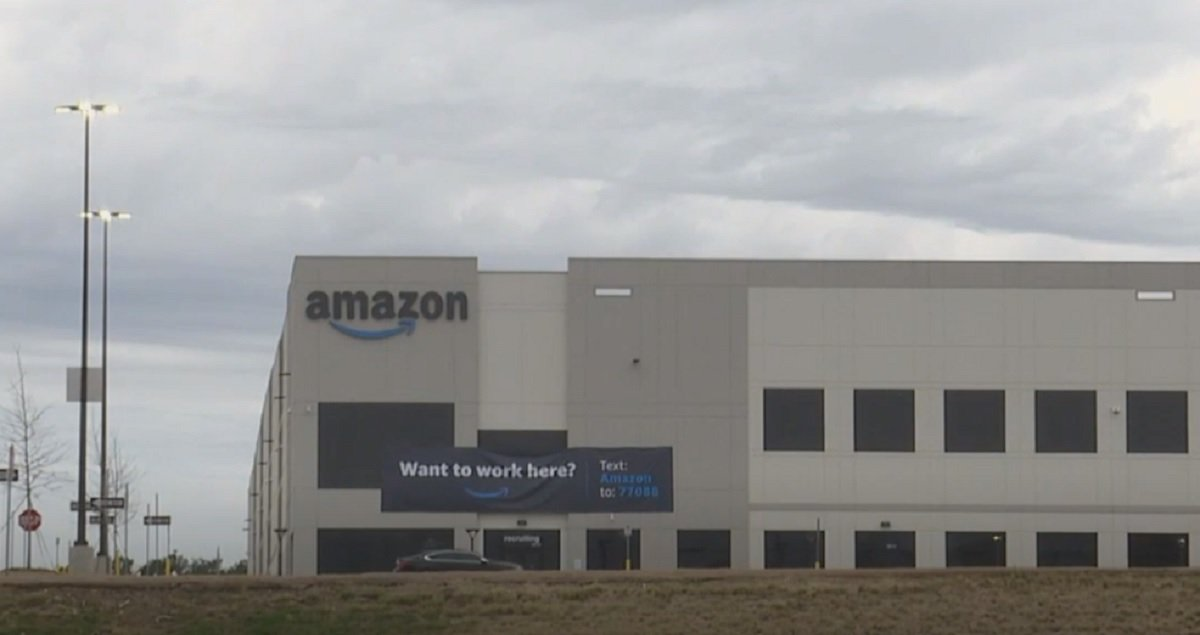Amazon Warehouse Workers In AL Will Receive Ballots Next Month To Vote Union