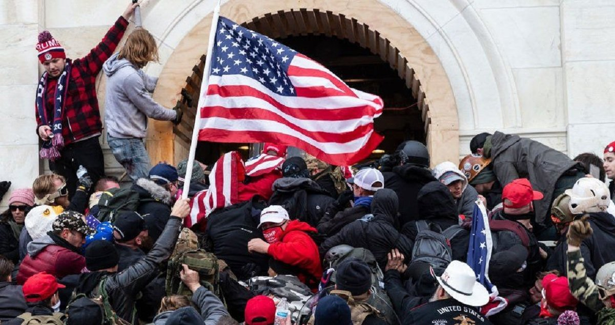 Facebook Closes Trump's Account 'Indefinitely' For Capitol Riots