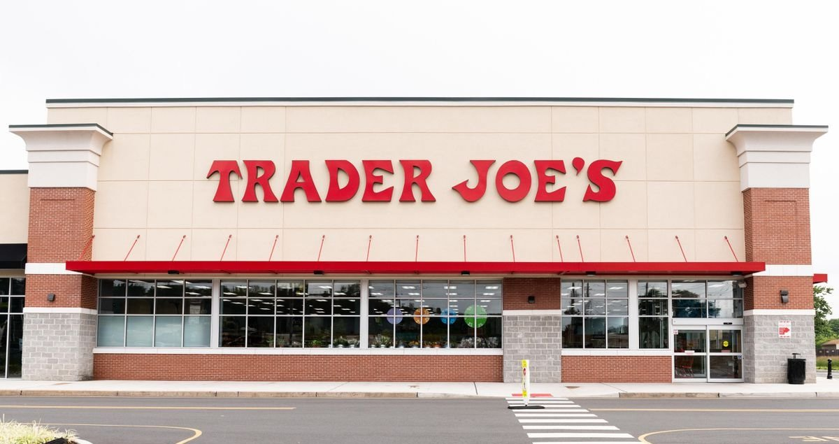 Trader Joe's Becomes First Grocery Chain To Pay Workers To Get Vaccine; Other Chains Say No