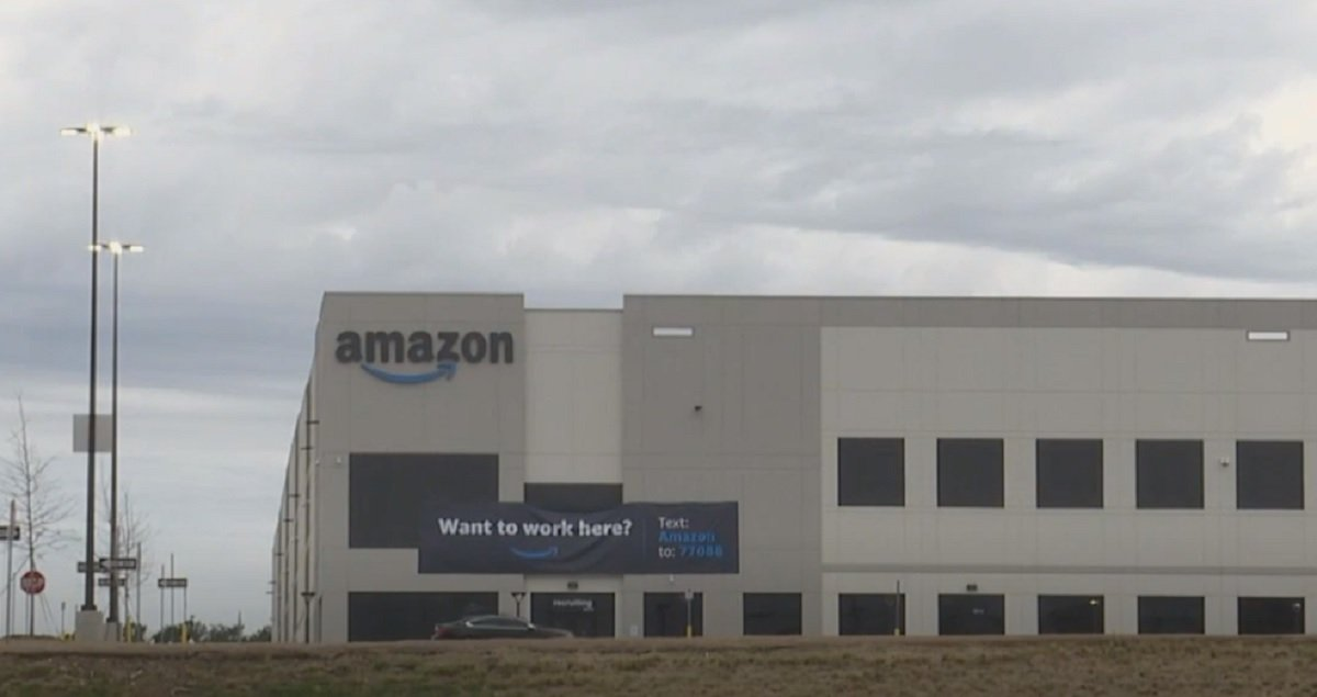 Amazon Is Telling Workers At Historic Union Election The Wrong Deadline For Ballot Casting