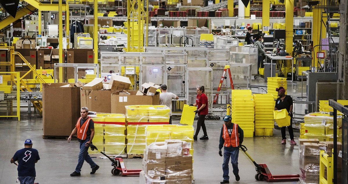 Amazon Employees Ordered To Attend Anti-Union Propaganda Meetings In Alabama, Workers Report