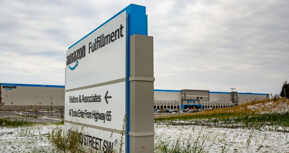 Amazon Organizing Spreads To Iowa As Teamsters Make Union Push There For Better Wages And Conditions